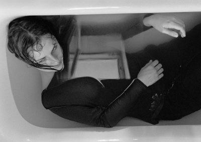 12 Magda Hueckel - Selbstportrait -Neglected