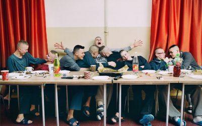 """""""Hier in Polen ist die Herangehensweise an Schönheit idealisiert und sehr patriarchalisch."""" – Interview mit Zuza Krajewska von Jens Pepper."""