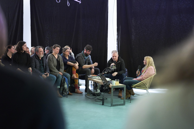 Fototreff Talk mit Jessica Backhaus, Moderation: Matthias Harder, Fototreff 29, April 2019, Foto: Uwe von Loh